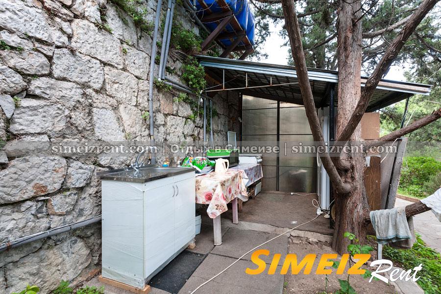 Летняя кухня для двух однокомнатных номеров и 4х комнатного дома