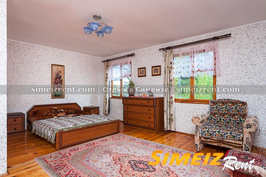 Спальня 2 на 2-м этаже (большая)