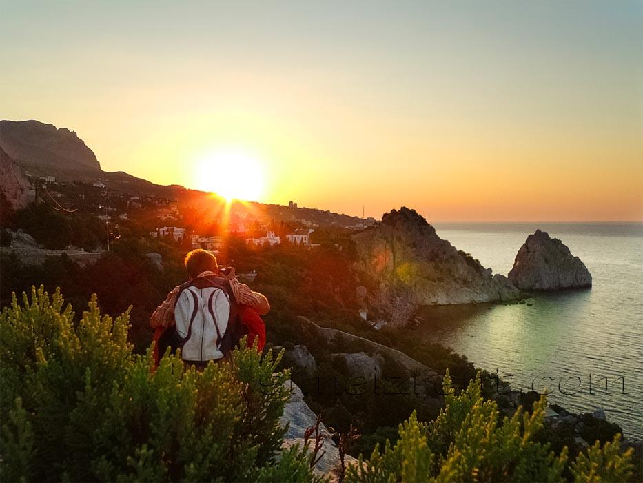 Крым, Симеиз, скалы Дива и Панеа, рассвет