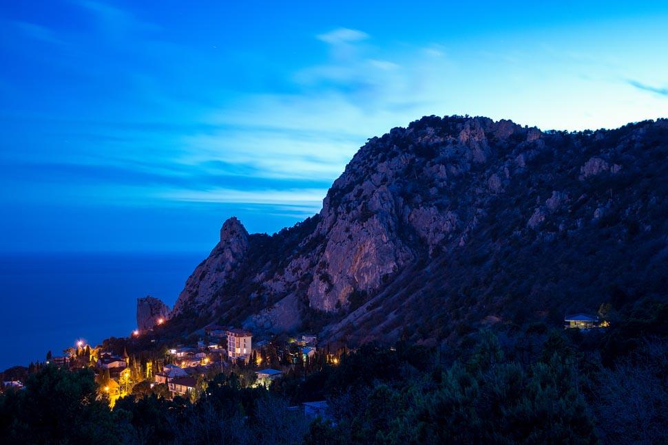 Крым, Симеиз, гора Кошка, закат в можжевеловой роще